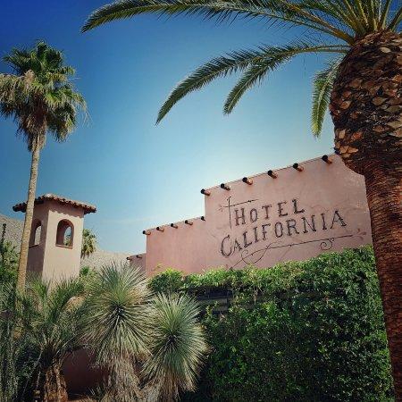Hotel California: 20160528_090803-01_large.jpg