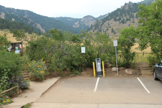 Flatirons: 2 spots for electric cars - charging station (Tesla anyone?)