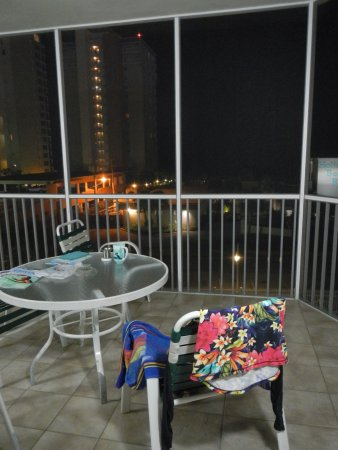 Destin Holiday Beach Resort 2: patio