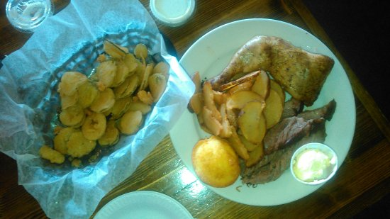 Brisket, chicken, fried potatoes, corn muffin and fried pickles. DELICIOUS!!!