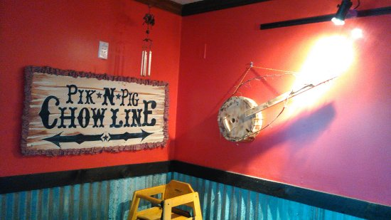 Carthage, Carolina del Norte: Love the Pik N Pig decor