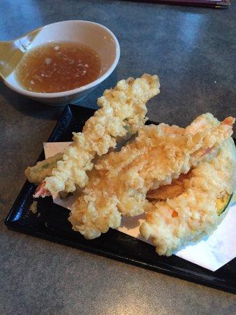 KA-ZE Sushi and Beyond: photo2.jpg