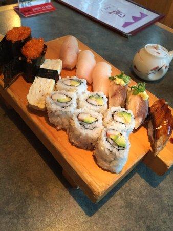 KA-ZE Sushi and Beyond: photo3.jpg