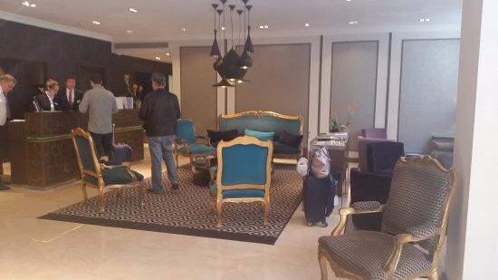 Hotel Mansart - Esprit de France: Lobby