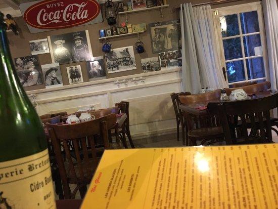 Bolquere, Francja: Ce restaurant propose un choix variée de crêpes. Le lieu est sympathique