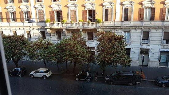 Rome Armony Suites: TA_IMG_20160912_075032_large.jpg