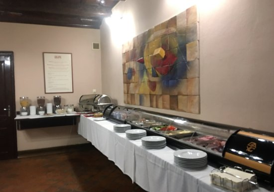 Hotel Arigone: Breakfast buffet