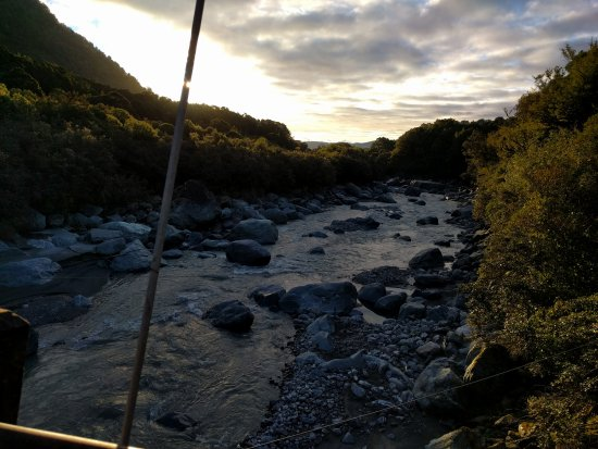 Westland National Park (Te Wahipounamu), Nueva Zelanda: Looking Downstream