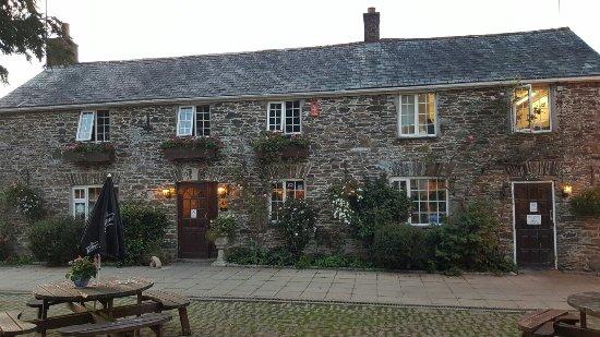 Crooked Inn : 20160910_193726_large.jpg