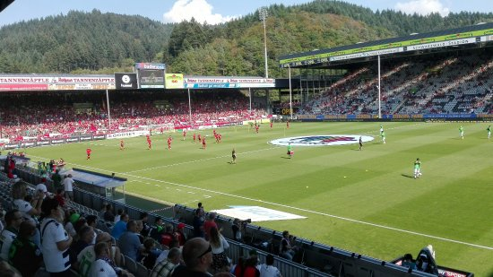 Schwarzwald-Stadion: IMG_20160910_145620_large.jpg