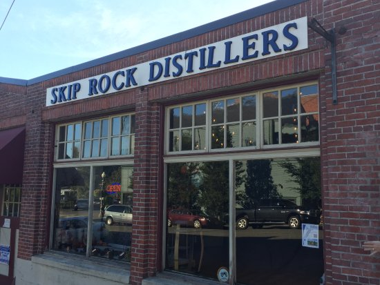 Snohomish, WA: Great local distillery!