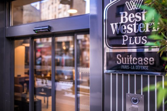 BEST WESTERN PLUS Suitcase Paris La Defense