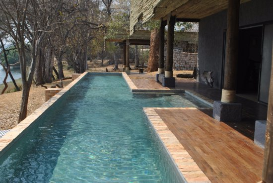 Matetsi Private Game Reserve: Central area with gym, pool, spa, curios, library, wine cellar and conference facilities.