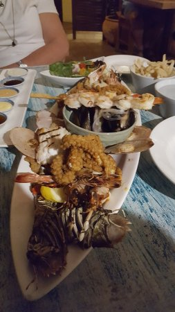 Clifton Beach, Αυστραλία: Seafood Platter for 2