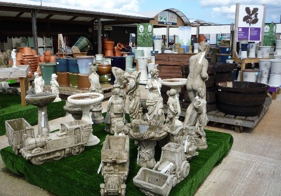 Stalham, UK: Garden Ornaments
