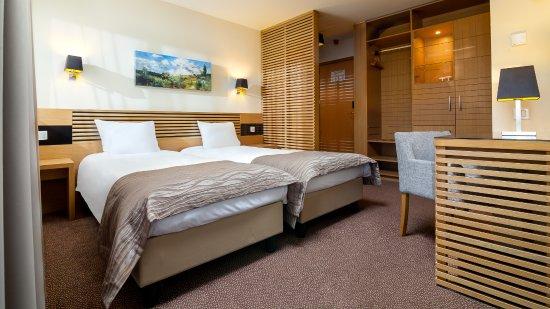 Ana Hotels Sport Poiana Brasov: Twin Room