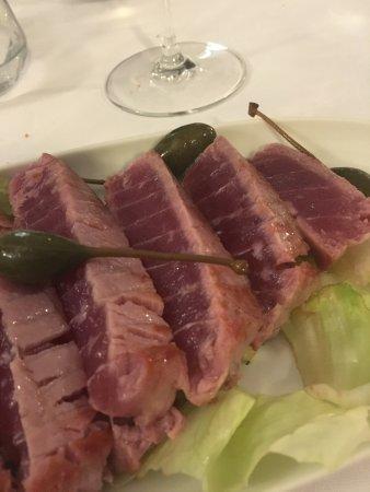 Soci, Italia: Tagliata di tonno