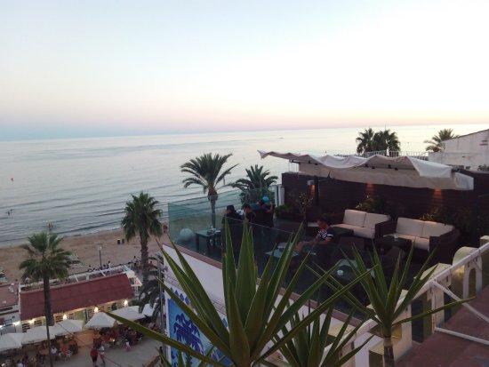 Hotel Galeon: Regalo de dos copas de cava en hotel frente al mar
