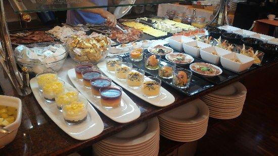 Hotel Galeón: Desayuno