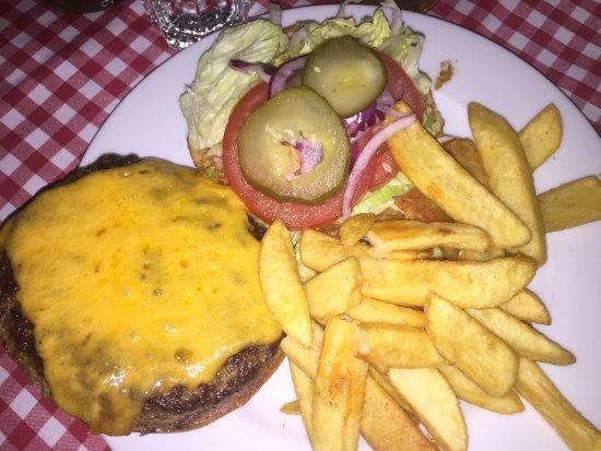 White Trash : Classic Cheeseburger