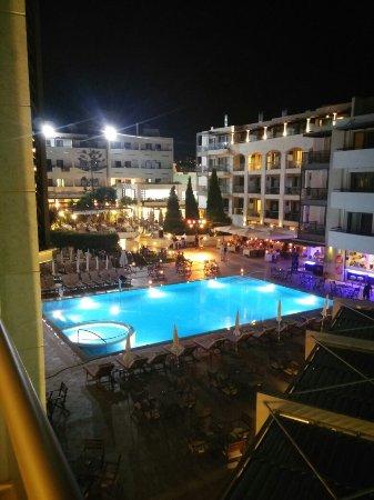Albatros Spa & Resort Hotel: 20160907_210737_HDR_large.jpg