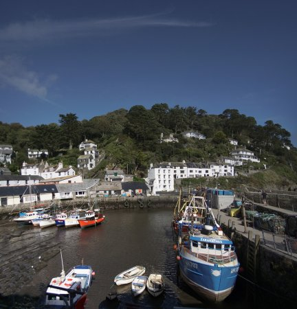 Nebula Guest House: The sort of place within easy travelling of this hotel (Polperro)