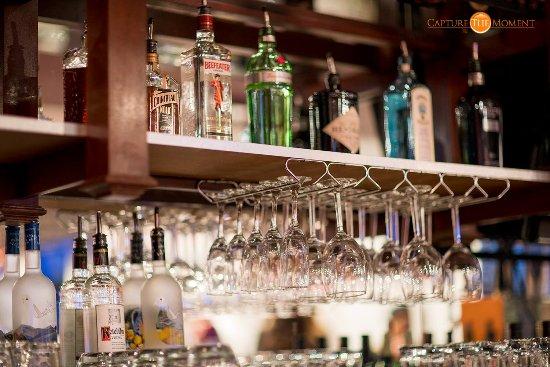 Folsom, Califórnia: Full Bar available