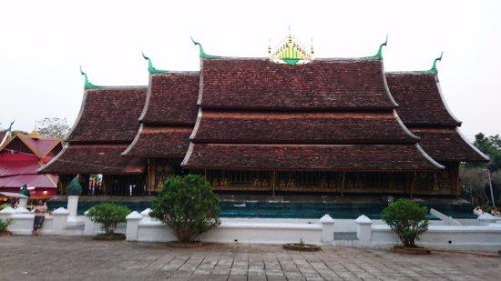 Old Quarter Luang Prabang: A pagoda at old quarter