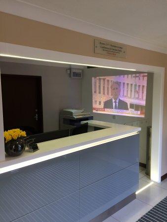 Martock, UK: New Reception