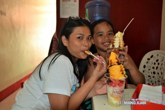 Μαλέι, Φιλιππίνες: huge ice cream on top