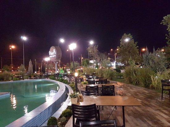 Salihli, تركيا: 20160910_205003_large.jpg
