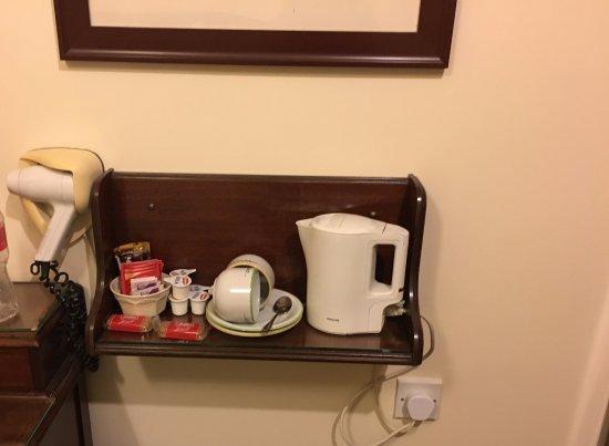 Red Setter Townhouse B&B: Hervidor de agua y tés