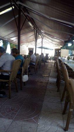 Canfranc, España: Comiendo en restaurante universo