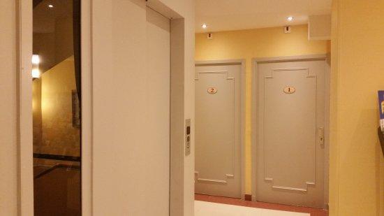 Hotel les Cigales: lobby