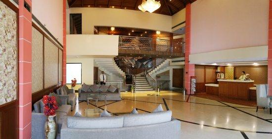 Hotel Dee Marks: Lobby Reception