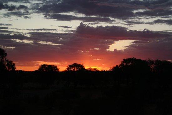 Erldunda, Australien: Tramonto visto dalla piattaforma dedicata