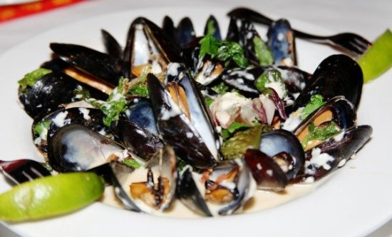 Catch Twenty Three - Tampa: Blue Cheese Mussels