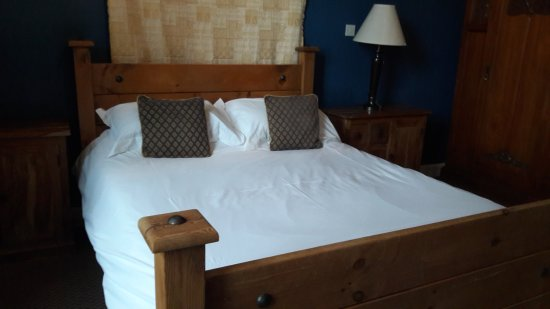 Menstrie, UK: What a bed!
