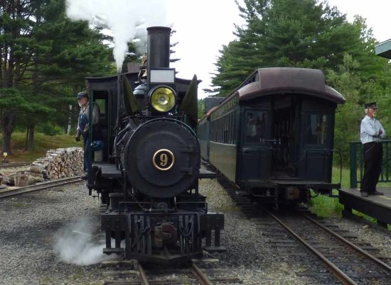 Alna, ME: WW&F Forney Engine #9 Under Steam