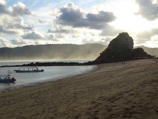 Kuta Beach - Lombok: spiaggia al tramonto