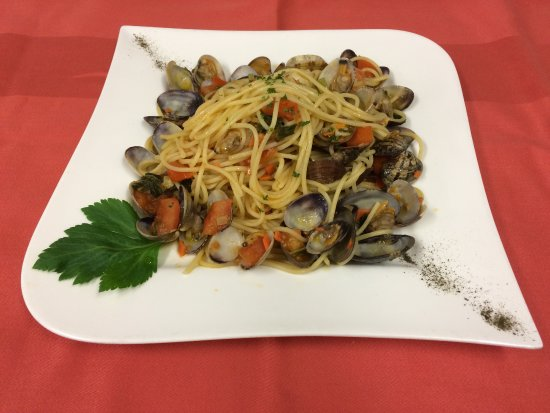 Sandhausen, Allemagne : Spaghetti alle Vongole - Spaghetti mit frischen Venusmuscheln