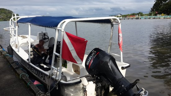 Portobelo, Panamá: Great dive boat