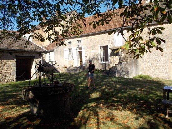 Marigny-l'Eglise, France : Garden
