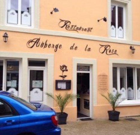 Noyen-sur-sarthe, France: Auberge de La Rose