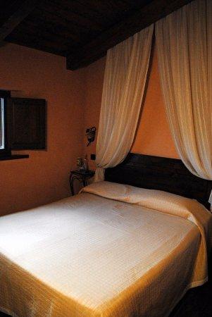 Giano dell'Umbria, Italien: Il nostro letto