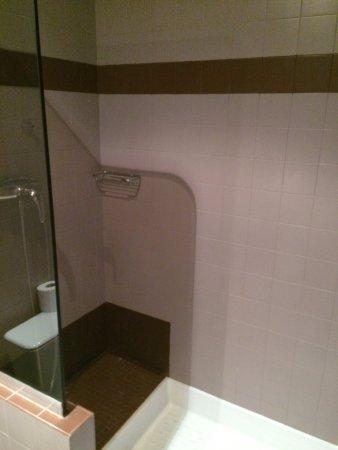 Hotel d'Argenson: Toalhas trocadas diariamente e muito limpas