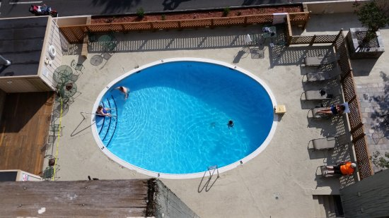 The Springs Hotel & Spa: view of the pool from the balcony