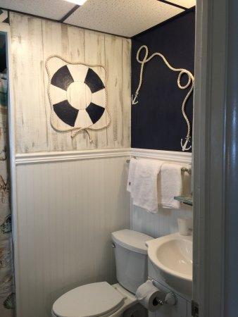 Keansburg, نيو جيرسي: Bathroom