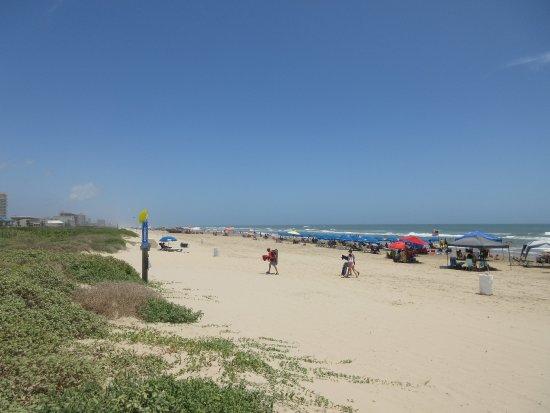 Blue Bay Inn & Suites: 10 minutter fra god strand