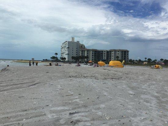 Gulf Tides Inn Photo
